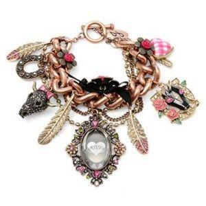 Betsey Johnson Charm Bracelet Lady Luck Heart NWT